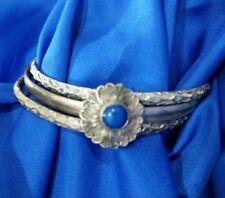 Attached 3 silvertone Bangles bracelet  blue Center