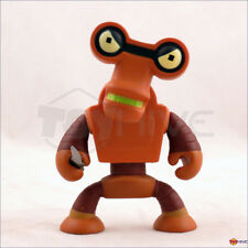 Kidrobot Futurama series 2 Roberto w/ knife 3-inch vinyl figure - displayed