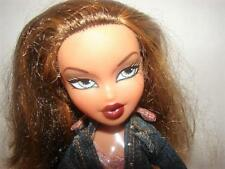 Vintage~MGA Bratz~Fashion Doll~2001~Yasmin~Brown Hair with Blonde Streaks~