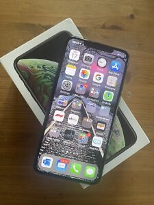Apple iPhone XS Max - 64GB - Space Grey (Unlocked)In Fabulous Condition