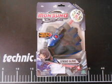 Monsuno  Figure Starter Pack Strike Glove