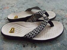 Women's KEEN slide sandals black/white Sz. 9