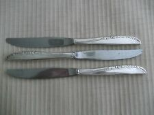 """3 Dinner Knives Wm. A. Rogers Aa Oneida Ltd. Silver Plate """"Brittany Rose"""" 1948"""
