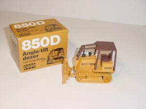 1/35 CASE 850D Angle/Tilt Dozer by NZG (#176) NIB! Never Displayed!