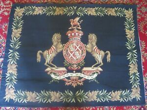 STUNNING VINTAGE HERALDIC CREST HORSES TAPESTRY WALL HANGING