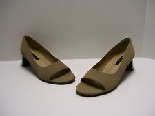 DKNY Womens Shoes Sz 7.5 M US Sand Heels Pumps Casual Dress Slipons OpenToe
