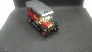 UNBOXED MATCHBOX YESTERYEAR UNIC TAXI