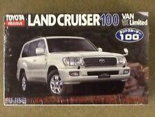 FUJIMI 1/24 Toyota Land Cruiser 100 Van VX Limited Plastic Kit # 38049  F/S