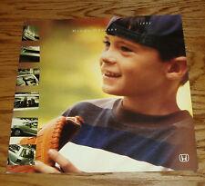 Original 1998 Honda Odyssey Deluxe Sales Brochure 98