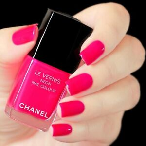chanel nail polish magnetic Pink neon rare limited edition 2017