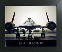 Sr-71 Blackbird Military Jet Fighter Spyplane Aviation Wall Decor Framed Picture