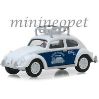 GREENLIGHT 39010 F THE BUSTED KNUCKLE GARAGE CLASSIC VOLKSWAGEN BEETLE 1/64