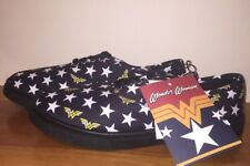 New Wonder Woman licensed shoes sneakers low top Womens size 9