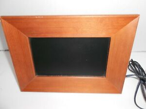 """Smartparts Digital Picture Wood Frame LCD 7"""" Screen with Power Adapter tested"""