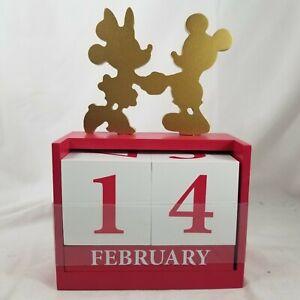 Disney Mickey and Minnie Wood Block Calendar Desk Accessory NEW