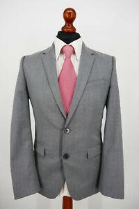 Hugo Boss Anzug Gr.48 100% Schurwolle Red Label neuwertiger Zustand