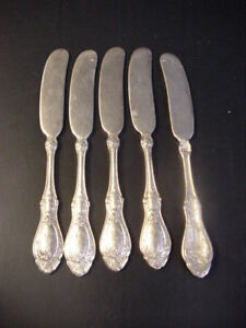 1847 Rogers Bros Triple Plate Sharon Rose Butter Knives
