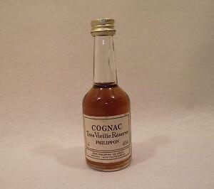 Mignonette Cognac PHILIPPON Tres vieille reserve NON OUVERTE Le Logis 5cl 40%