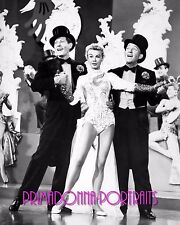 WHITE CHRISTMAS 8X10 Lab Photo '54 CROSBY, VERA-ELLEN & KAYE, Singing & Dancing