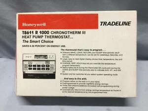 Honeywell  T8611 R 1000 Chronotherm III HEAT PUMP Programmable Thermostat - NOS