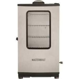 Masterbuilt MB20072618 1200W Digital Electric Smoker - Multicolor