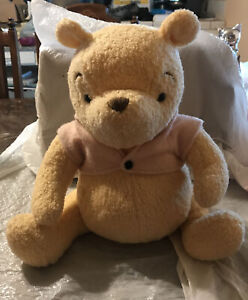 "RARE!! Vintage Winnie The Pooh 18"" Plush - Walt Disney Distributing Co. NICE!"