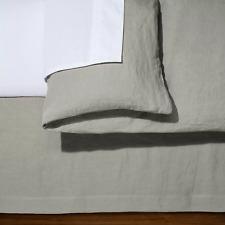 """Fieldcrest Queen Size Solid Linen BedSkirt CASHMERE GRAY 15"""" Drop - New"""