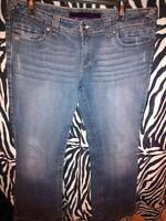 Women's Refuge Slim Boot Cut Jeans Distressed Stretch Juniors 15