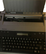 TYPEWRITER ELECTRIC PANASONIC MODEL # R200, WORKS GREAT, HAS COVER