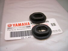 2x New Left side cover panel Rubber Mounting Grommets YAMAHA XT 250