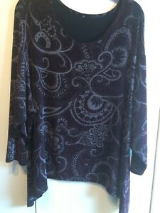Red, silver and black sparkly evening top long sleeves size 20