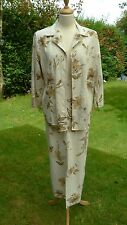 Pola floral patterned cotton linen mix jacket & skirt size 14               (C2)