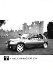 "4 millions de Peugeot 205 1.9 GTI Celebration voiture press photo ""Brochure connexes"""