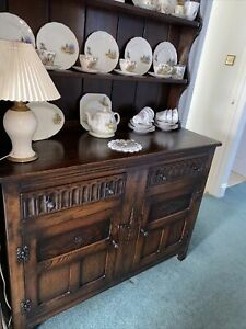 Old Charm Style Dresser