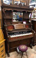 Antique 1900 Hamilton Pump Parlor Organ Victorian