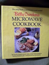 Betty Crocker's Microwave Cookbook  (1990, 3 Ring Binder) Coupons Included