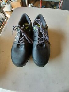 New Balance Men's NBG2004 Waterproof Spiked Golf Shoe Black/Green 9 1/2.