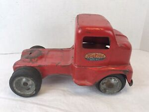 1953 Mound Metalcraft Pressed Steel Tonka Cabover Semi, Red Ford F-6 COE Tractor