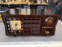 Vintage 1953 Admiral Tube AM Radio, Model 5S3   -== Restored==-