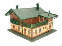 Alpenhaus Berghaus Pension Restaurant mit Bauernmalerei BELEUCHTET Spur N D0388