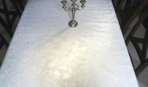 PLAIN WHITE WITH WHITE ROSES EMBOSSED PVC PLASTIC VINYL WIPECLEAN TABLE CLOTH