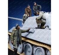 1/35 Resin figures WWII 4 German Tank Soldiers Unpainted unassembled F13