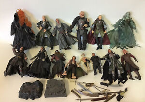 14 X Lord of the Rings figurines - Nlp 2004-5