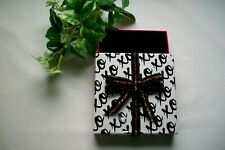 """Very Smart Looking Black & White X's & O""""s Gift Card Box Holder w/Pink Bottom"""