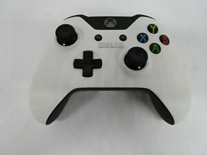"""RARE Xbox One """"I MADE THIS LAUNCH TEAM 2013"""" Controller White S2V-00007 - UD"""