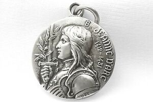 Jeanne d'Arc Joan of Arc Medal French Religious Sterling Silver, Antique Style