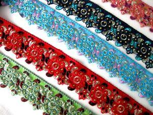 Bestickte Borte mit Bogenkante und Steinchen in verschieden Farben, 60mm,lfm,B00