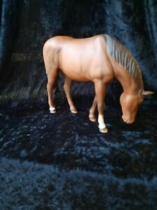 Royal doulton new forest pony