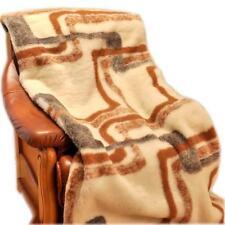 Wolldecken in aktuellem Design aus 100% Wolle