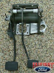 92 93 94 95 96 F-150 OEM Genuine Ford Parts Clutch & Brake Pedal Asm. w/ Spring